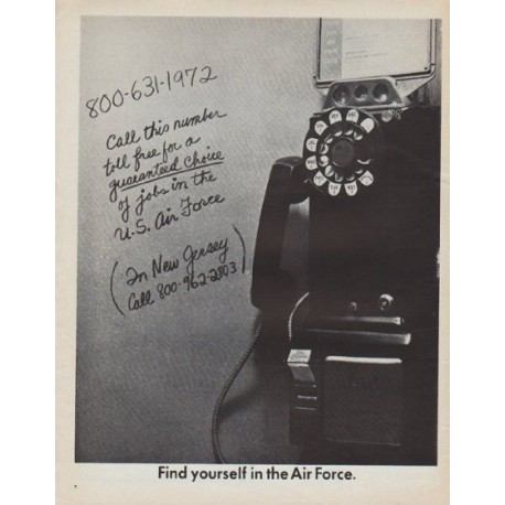 """1971 Air Force Ad """"Find yourself in the Air Force"""""""