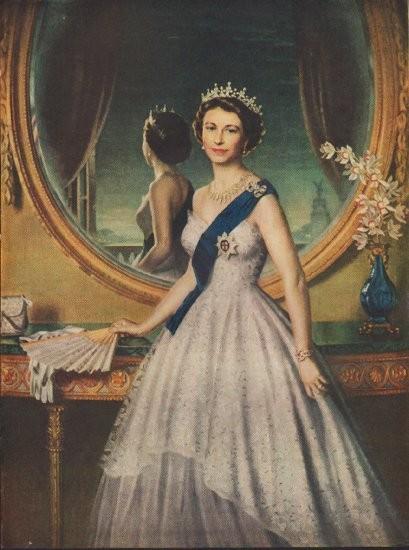 1952 Queen Elizabeth Portrait Vintage Article