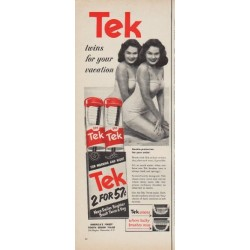 "1952 Tek Tooth Brush Ad ""twins for your vacation"""