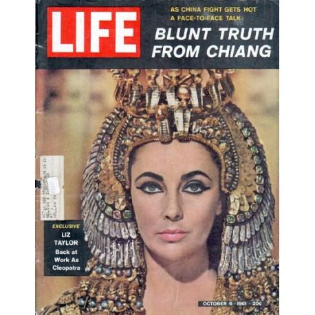 "1961 LIFE Magazine Cover Page ""Liz Taylor"""
